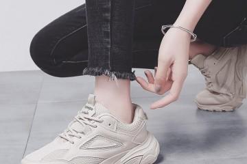 厚厚的棉鞋该压箱底了新上市一种老爹鞋舒适百搭不累脚